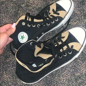 Black and good hightop converse
